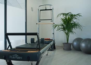 Maquina de reformer en Fusion y Pilates
